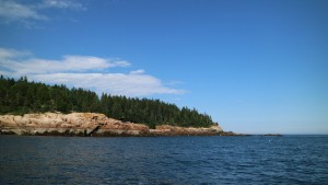The pink granite rocks show the low tide.