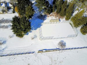 Next, I directed the  drone's camera toward the tennis court.