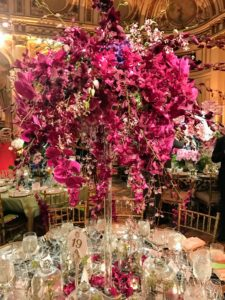 Kathryn Ivey Interiors created this large and eye-catching centerpiece.