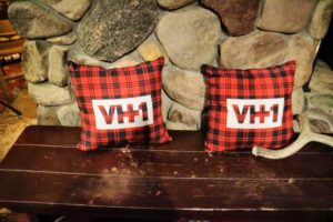 The restaurant also had pillows specially made with VH1.