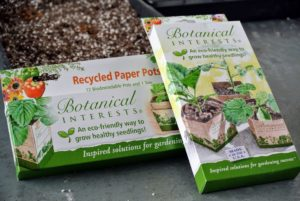 Botanical Interests Recycled Paper Pots are an eco-friendly way to grow seedlings. They come in two sizes. They're perfect for plants that don't like root disturbance. These are made from 100-percent recycled, food-grade paperboard.