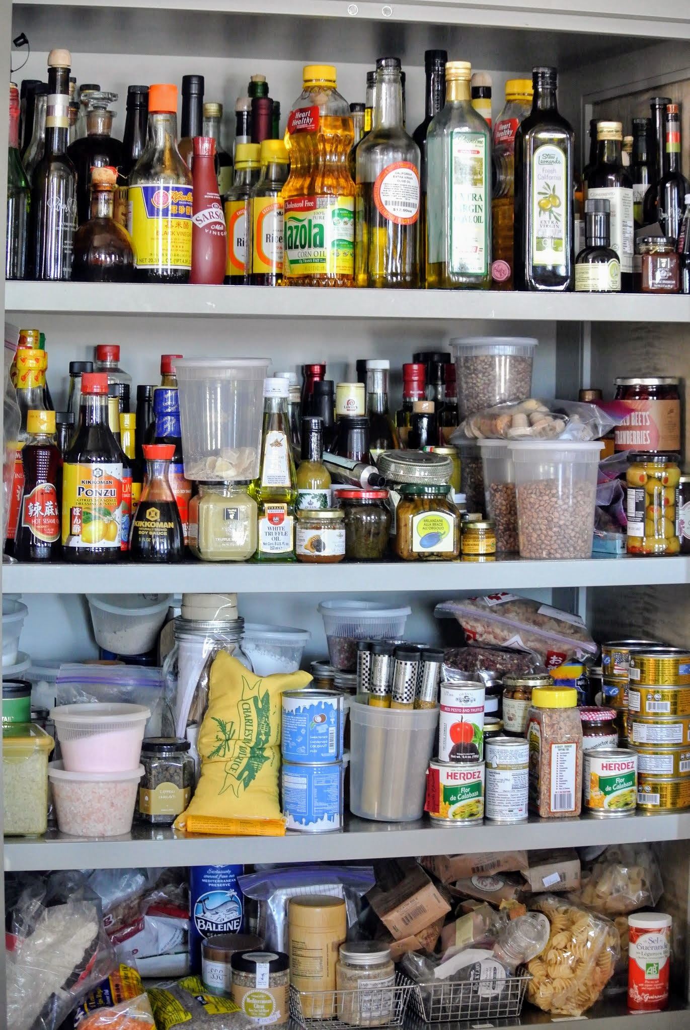 Cleaning My Kitchen Pantry