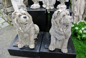 Campo de'Fiori had some lovely pieces also, such as this canine duo made of stone - a nice choice for a garden. https://campodefiori.com