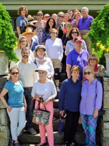Here's a photo of the group led by my friend, Laura Blau - what a fun day of tours through my gardens.