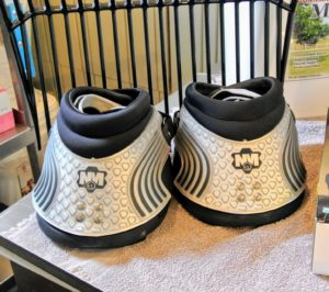 These are our New Mac's 2015 Hoof Boots. Because some of my horses don't wear horse shoes, these are a great option for pleasure riding around the farm.