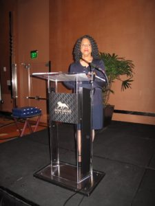 Linda Clemons, a Forbes 500 consultant and CEO of Sisterpreneur Inc., welcomed all the guests and thanked them for attending.