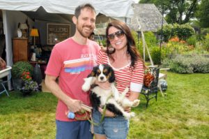 This couple brought their young tricolored Cavalier King Charles Spaniel along. (Photo taken by Richard Lewin)