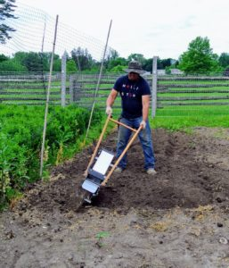 It's also very easy to use, and much lighter than a gas-powered rototiller.
