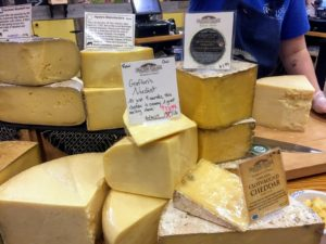 During her visit, she made a pit stop with her boyfriend to Grafton Village Cheese in Brattleboro, Vermont. Grafton Village Cheese began as The Grafton Cooperative Cheese Co. in 1892. They sampled some of their award-winning Cheddar cheeses!