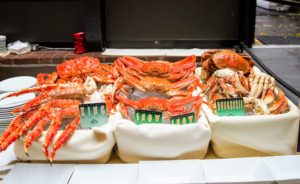 The night kicked off with a side by side tasting of Alaska King, snow and Dungeness crab - everything was so fresh. (Photo by Ester Segretto)