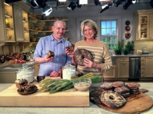Artisan bread maker, Simo Kuusisto, owner of Nordic Breads in Long Island City, New York, talks about his special organic Nordic whole-grain rye bread. http://www.nordicbreads.com/