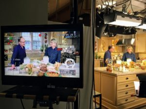 Stefan Senders is the owner of wide Awake Bakery in Trumansburg, New York. In this show, he shares tips for making spelt-rye mocha cookies. I'll also make herb quiche with rye crust, seeded savory quick bread, and muesli coffee cake.