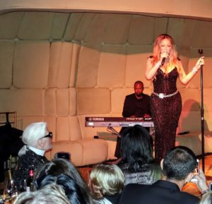 I'm sure you know this celebrity - Mariah Carey gave a lovely performance.