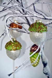 I think these acorn ornaments are so pretty.