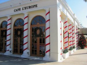 On this day we ate at Cafe L'Europe in Palm Beach. Cafe L'Europe first opened in 1980 and quickly became part of the Palm Beach allure.