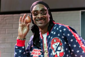 Snoop showed everyone his one-handed egg cracking skills - not bad at all, Snoop Dogg. (Photo by Lucas Acuna/Full Focus Films)