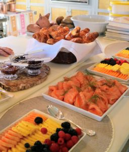 Our breakfast display was gorgeous. Everyone was hungry and eager to taste all the wonderful foods.