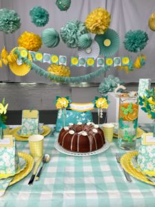 This party is called Meyer lemon - great for Mother's Day, which is just around the corner.