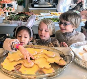 Quinn, Isabelle and Maura couldn't wait for dessert - they were so excited about the cookies.