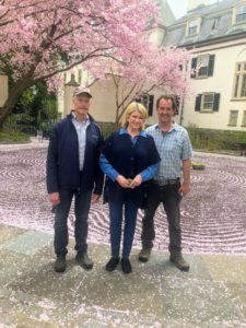 Whenever I visit Chanticleer, Executive Director, Bill Thomas, always greets me and gives me a lovely tour of the garden. Here I am with Bill and Director of Grounds, Jeff Lynch.