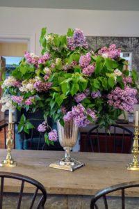 All around Elaine's gorgeous farmhouse were beautiful floral arrangements.