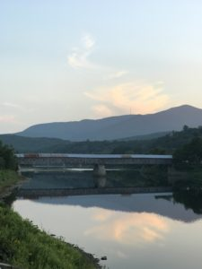 On our way back to Skylands, we crossed this beautiful bridge - the Cornish–Windsor Covered Bridge. It spans the Connecticut River between Cornish, New Hampshire and Windsor, Vermont.