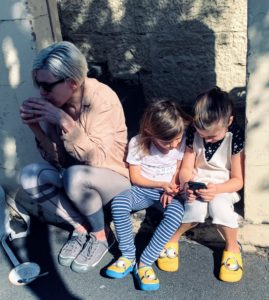 Here is another nice photo of Alexis, Jude and Truman.
