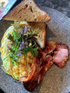 I had this egg white omelette with bacon - everything was so flavorful.