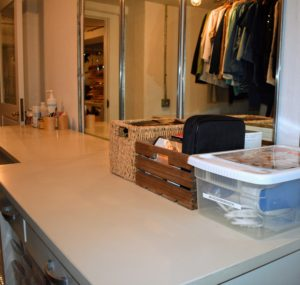 The table top is clear and well-lit. And I love the extra room behind me now that the floor racks are gone. In any closet or dressing area, also try to get the biggest mirror possible. It is not the first thing you may think about, but if you invest in a large mirror, it will definitely be put to good use.