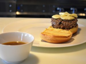 This dinner also provides a pre-portioned flavorful broth, or au jus, to serve with the burger and fries.