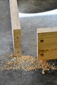 Here are the ends of two boards where they meet at the corner. Long screws will be used to attach the boards together.