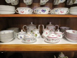 More Ginori Amalfi on the bottom, and on the top, Ginori Italian Fruit. Italian Fruit is another hand-painted porcelain, in continuous production since 1750. Delicate fruits and flowers adorn this lovely collection, with gold borders and handle trims.