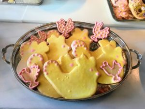 I also made yellow chicken cookies and whimsical pink chicken cookies.
