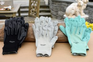 My gloves come in black, slate, and mint. We all love to use them at my farm.