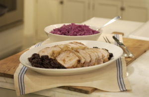 My mother's roast pork loin with red cabbage is a delicious, easy-to-prepare family meal.