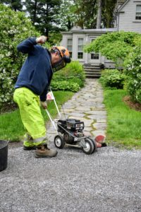 In general, power edgers are very easy to use – just line up the edger blade on the turf side of the road and turn it on. This gas powered machine requires one to pull a cord to start the motor.
