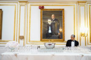 Refreshments were served in the Presidents Foyer, a generous reception room featuring portraits of current and former Metropolitan Club Presidents. (Photo by Gonzalo Marroquin/PMC/PMC)