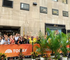 The audience is very enthusiastic – it is nice to see such an energetic crowd gathered for these Today Show segments.