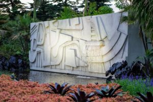 The exhibit is the first-ever to combine a horticultural tribute to Brazilian artist, landscape architect, and plant explorer, Burle Marx, and his design work, with a curated gallery of his paintings, drawings, and textiles. Here is his sculptural waterfall. (Photo courtesy of Battalion PR)