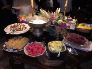The dessert buffet included sherbet, rice cakes, custard, and a variety of fresh fruits.