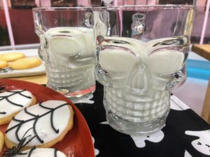 And aren't these glasses fun? These are my Glass Skull Mugs - use these to serve drinks on Halloween. https://mcys.co/2BmEZZD