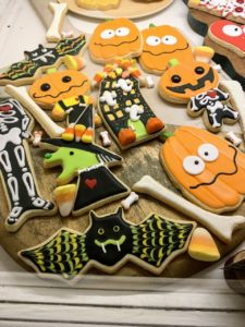 At Sweet Dani B, one can get a variety of themed cookie platters to serve at parties or give away as gifts.
