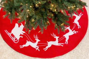 If you're decorating the tree this weekend and need a skirt, why not make this stenciled holiday tree skirt using my Martha Stewart Cricut from Michaels.