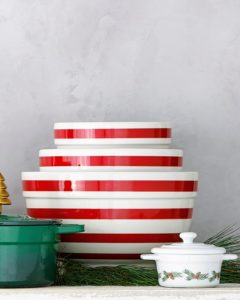 These candy cane-inspired stripes add a festive look to this trio of mixing bowls in three different sizes - all microwave and dishwasher safe.
