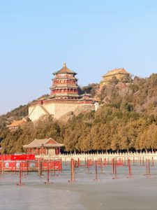 And from the lake, we could see this beautiful view of the Tower of Buddhist Incense, which was built on the Longevity Hill during the reign of Emperor Qianlong. If you haven't done so yet, I hope these photos inspire you to make the trip to China someday - you will love it.