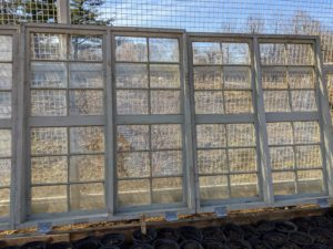 The ideal location for a cold frame is a southern or southeastern exposure with a slight slope to ensure maximum solar absorption and good drainage. My flower garden fence will also provide some protection against winter winds.
