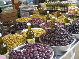 Mounds and mounds of olives - so good!