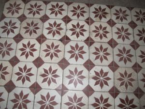 Another tile pattern
