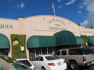 The first stop on our antiques jaunt - Wertz Brothers Antique Mart - a wonderful antiques mall