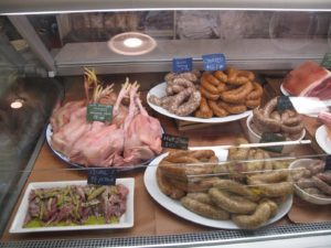 Quails, free-range chickens, and wonderful sausages